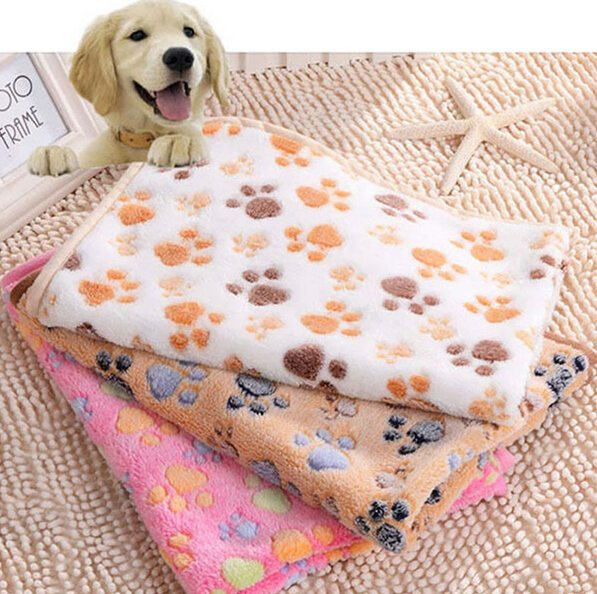 2016-new-40-x-60cm-cute-floral-pet-sleep-warm-paw-print-dog-cat-puppy-fleece_1